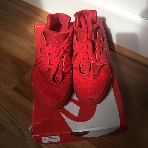 Nike Shoes   All Red Huaraches Kids